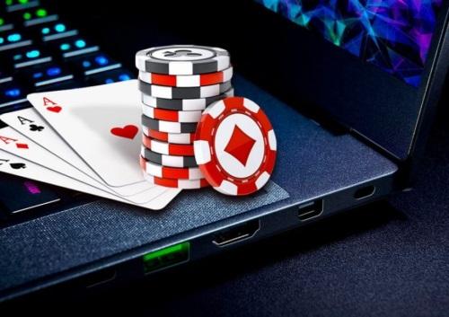 Casino online gratis - maini poker