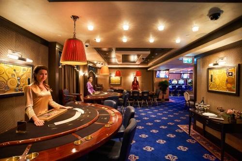 Slot online - perechi poker